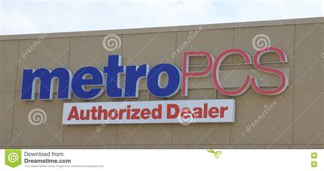 Metro Pcs Sign Editorial Photography. Image Of Metro