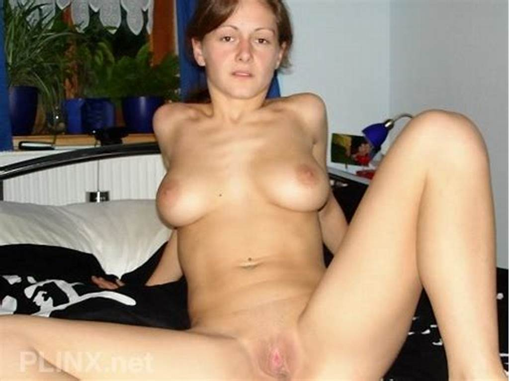 #Hot #Wife #Babe #Showing #Off #Her #Amazing #Naked #Body