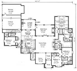 4 bedroom floor plans one story 653390 large country house plan with bonus room