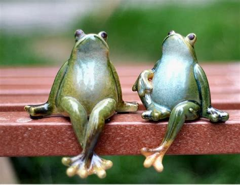 Online Buy Wholesale Ceramic Frog From China Ceramic Frog Small Chandeliers For Living Room Peacock Ideas La Z Boy Furniture Tile Flooring Sectional Rooms Paula Deen Collection How To Design My Natuzzi