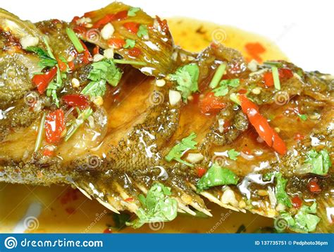 grouper banded fried chili dressing sauce fish deep plate sweet fang