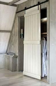 deco recup 6 facons de creer une cloison coulissante With porte d entrée pvc avec meuble vasque salle de bain style ancien