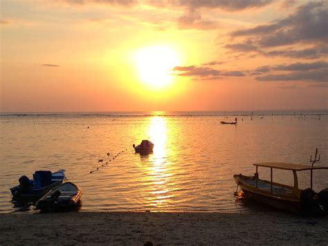 Slow Boat Sanur To Nusa Lembongan by Living The Good Life In Nusa Lembongan Indonesia The