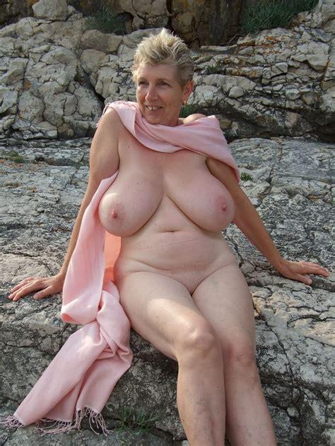 Mature Brazilian Women Nude Mega Porn Pics
