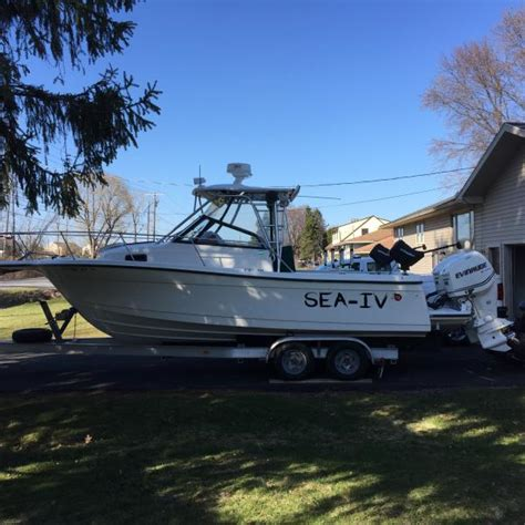 Tracker Boats Cracked Hulls by 2012 Tracker Pro Guide V 175 Wt Cracked Hull This Old