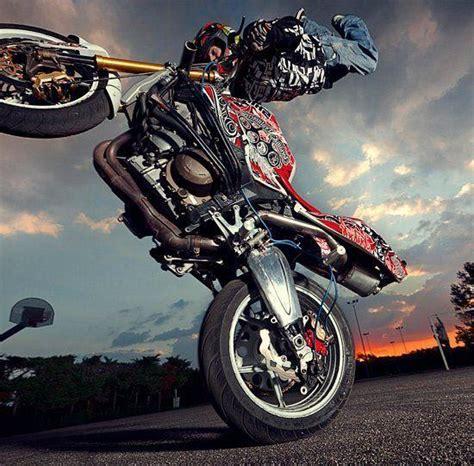 Dangerous Bike Stunt In 2017 Hd Wallpapers