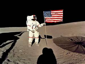 Flag on the Moon Wallpaper and Backgrounds (1024 x 768 ...