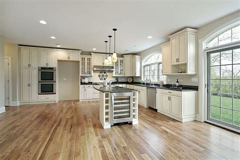 white kitchen cabinets with hardwood floors antique white kitchen cabinets design photos designing 2207