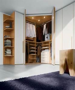 Schränke Für Kleine Schlafzimmer : eckschrank im schlafzimmer eine kluge idee ~ Bigdaddyawards.com Haus und Dekorationen