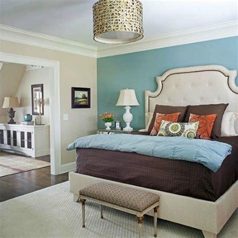 grasscloth accent wall bedroom  grasscloth wallpaper