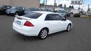 2006 Honda Accord  Taffeta White - Stock  13121p