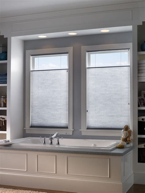 Fenster Sichtschutz Bad by Bathroom Window Privacy Shades Shutters Blinds