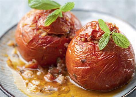 Ar gaļu pildīti tomāti   Praktiski.lv