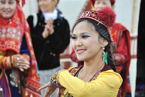 Uzbekistan Culture - Traditions, Arts and Handcrafts in ...