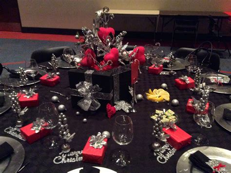 Christmas Tablescapes Christmas Dinner Party Table Decorations Ideas For Women Corporate London Office Parties Mickey Very Merry Tickets Jokes Shared 2014 Women's