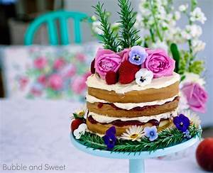 Bubble and Sweet: Rustic naked cake how to