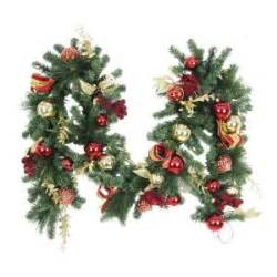 9 ft Battery Operated Plaza Artificial Garland with 50