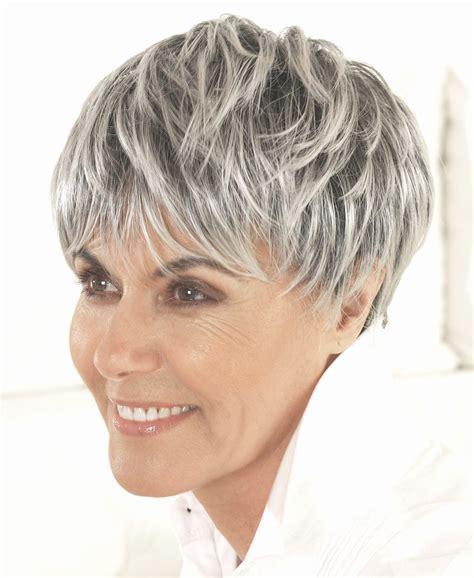 coupe de cheveux femme 60 coupe cheveux courts femme 60 ans coupe cheveux femme 60