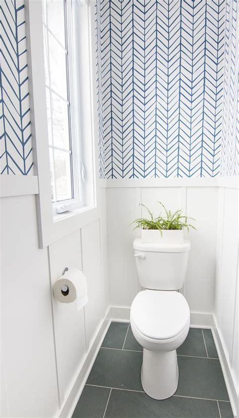 10+ Beautiful Half Bathroom Ideas for Your Home ...