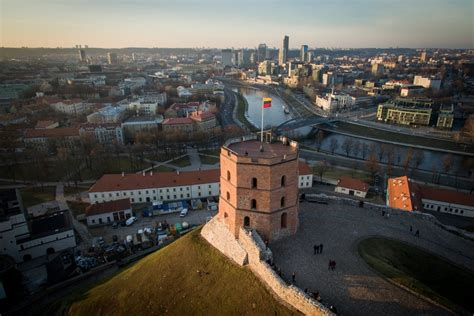 Vilnius in top 3 'cities of future' - Financial Times ...