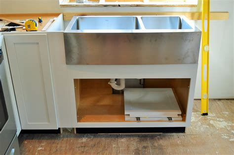 how to install farmhouse sink how to install farmhouse sink creative home decoration