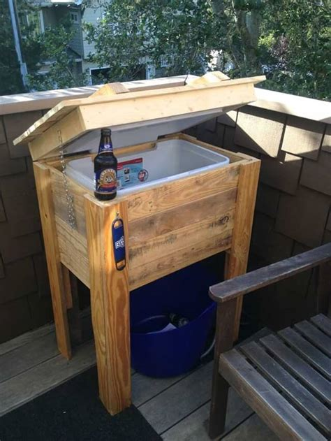 patio coolers with stands 9 diy pallet cooler ideas diy to make