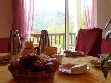 chambres d hotes hautes pyrenees chambre d 39 hôtes à cauterets région argelès cauterets