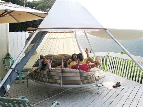 Floating Beds