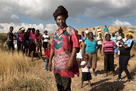 haiti community builds  government pulitzer