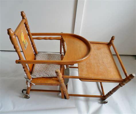 chaise haute en bois ancienne chaise haute ancienne en bois pour poupée ées 30 40 55