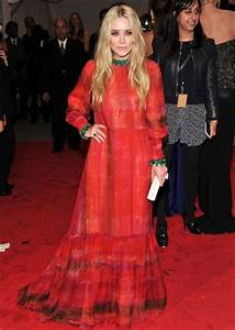 Mary-Kate Olsen Body Measurements Height Weight Bra Size ...