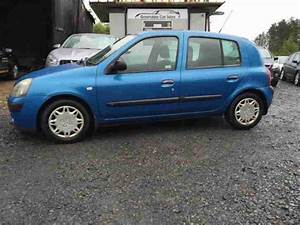 Renault Clio Expression 16v 2003 Petrol Manual In Blue