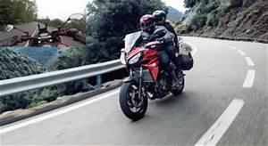Essai Yamaha Mt 07 : 2018 yamaha mt 07 essai vid o la reine s 39 endurcit auto moto magazine auto et moto ~ Medecine-chirurgie-esthetiques.com Avis de Voitures