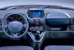 Fiat Doblo Avis : fiche technique fiat doblo 1 9 jtd pack vitre 2002 ~ Gottalentnigeria.com Avis de Voitures