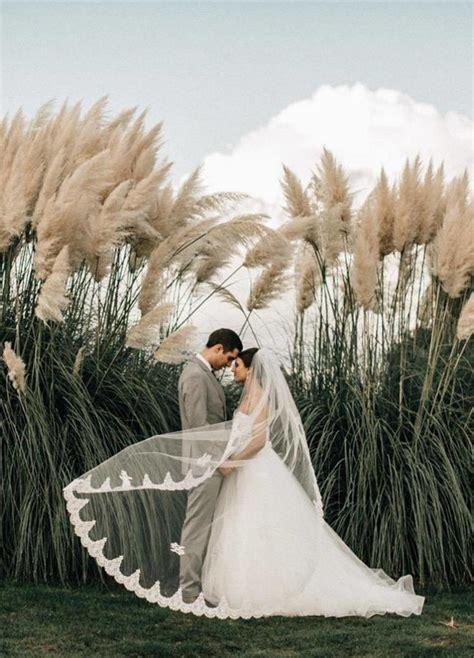 Top 10 Incredible Bride and Groom Wedding Photo Venus