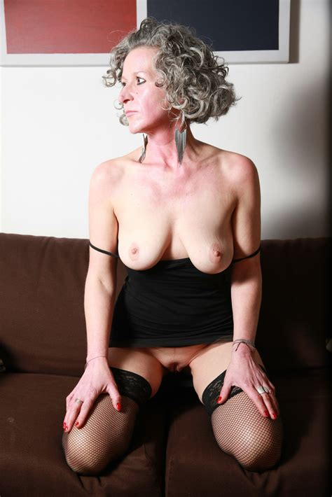 5 · French Milf Amateur Mature Teen Exhib Sexy France