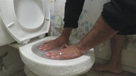 unclog  toilet   plunger  doctors tv show