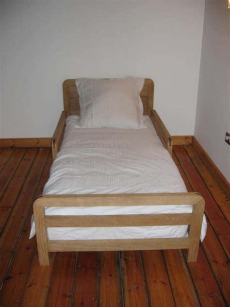 childs bed reuben kyte