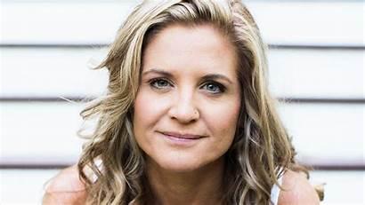 Doyle Glennon Untamed Author Abby Wambach Mic
