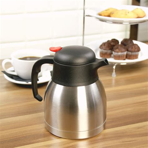 A quick stir may be needed to wet the grounds into the water. Stainless Steel Vacuum Coffee Pot 32oz / 1ltr | Drinkstuff