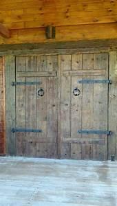 Rustic, Barn, Doors, On, Log, House