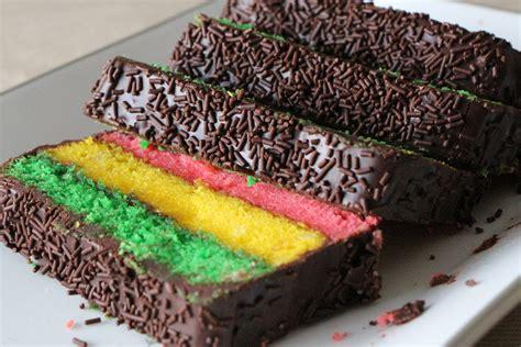 rainbow cookie cake  gourmand mom