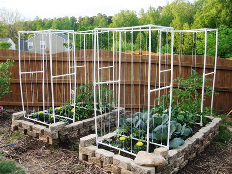 Vertical Square Foot Gardening square foot gardening in wholesteading