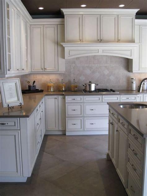 based paint kitchen cabinets glaze white kitchen cabinets kitchen design ideas 7147