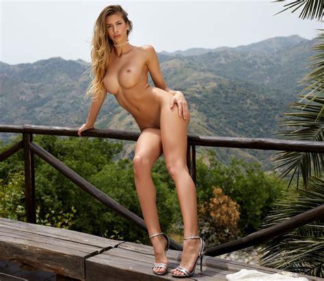 Blonde Sex Goddess 6 Feet Tall Ii 60 Pics Xhamster