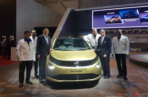 Update Motor Show 2019 : Tata Altroz Breaks Cover At The 2019 Geneva Motor Show