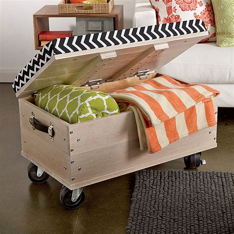 14 Space Saving Projects on Wheels   Decorating Your Small