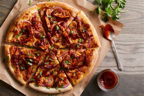 California Pizza Kitchen Sets Opening Date for Franklin ...