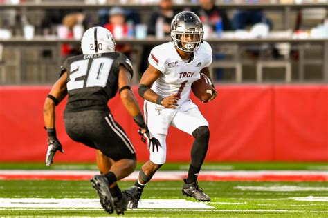 Troy dominates Arkansas State - The Troy Messenger | The ...