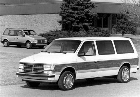 01 Dodge Caravan by Dodge Caravan Grand Caravan